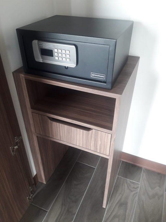 Mueble para caja fuerte